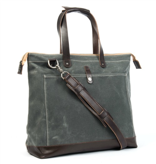 No 24 The Olive Carryal from Christensen Bags!