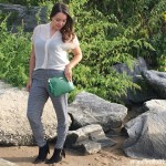 Cool Mom Style – Emeralds and Prints