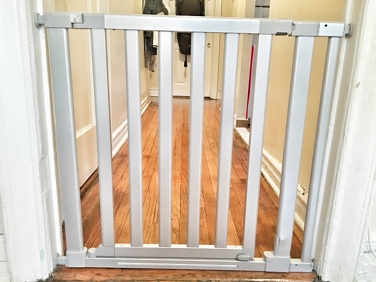 baby security gates 3