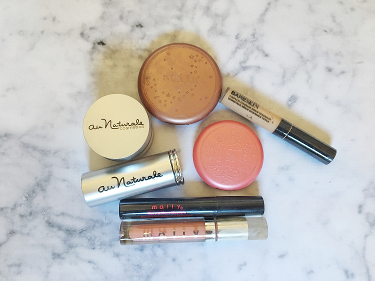 How to Simplify Your Makeup Bag