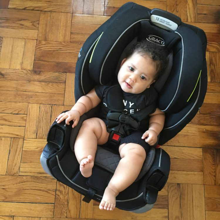 Cruzin' In The Graco Extend2Fit™ 3-in-1 Car Seat