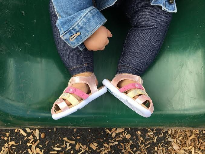 The Cutest Kicks For Kids #MomStyleMonday {Giveaway}